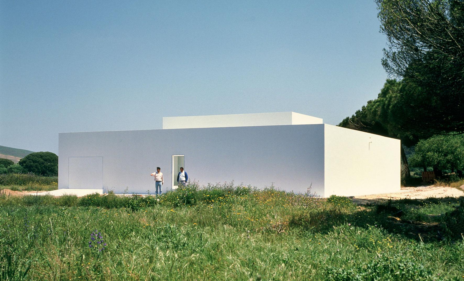 Exterior da casa Gaspar pelo arquiteto espanhol Campos Baeza